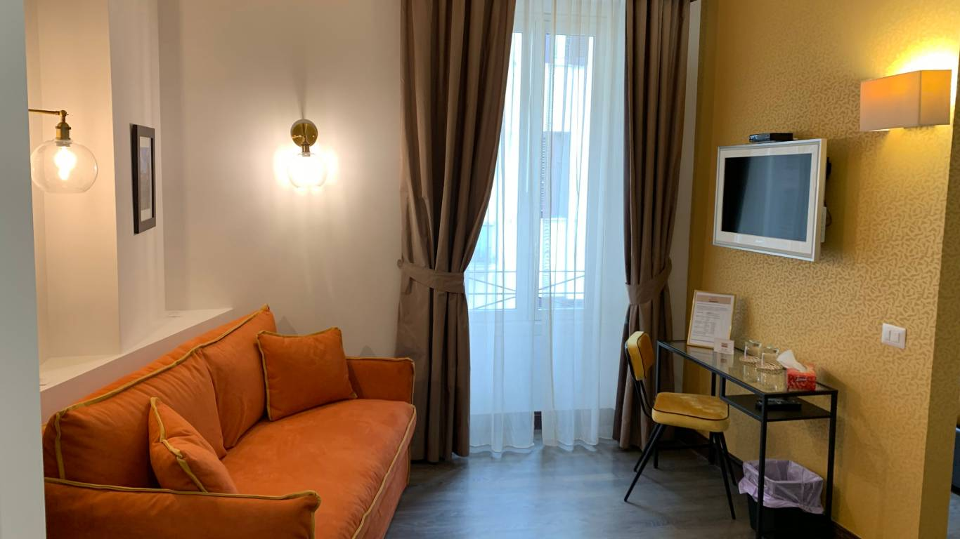 Relais-piazza-del-popolo-junior-suite-1